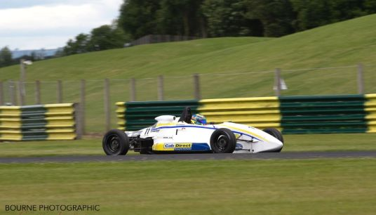 Martin breezes to National FF1600 race one win at Croft